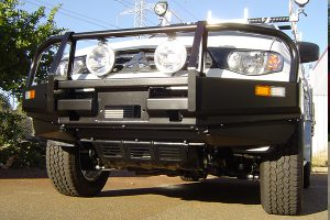 Mitsubishi Triton Bullbar with Winch