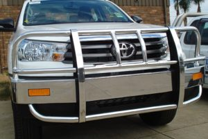 Bullbar suited to Toyota Hilux
